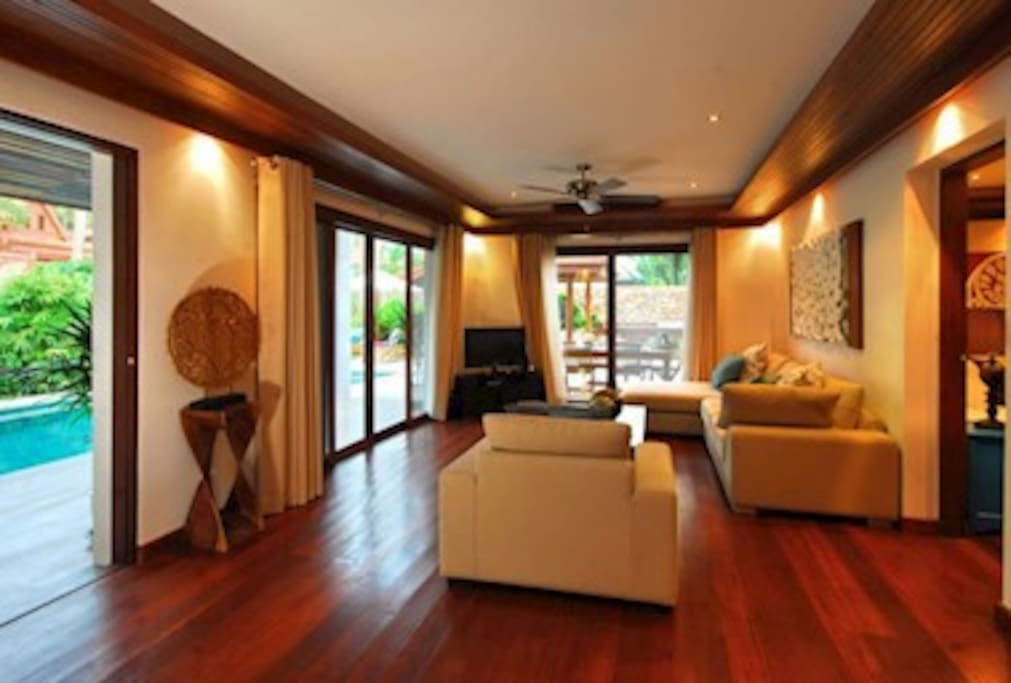 Tawan 3 Bedroomed Luxury Beach Villa