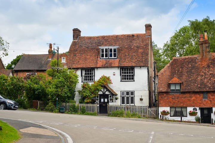 The Hopbine in former 16th cent inn - Lamberhurst, Tunbridge Wells - Huis