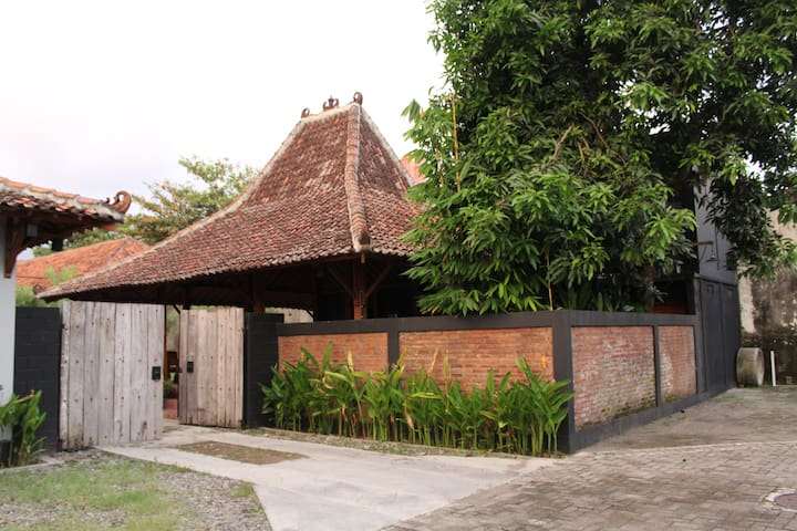 Family Room Omah Pugeran Jogja