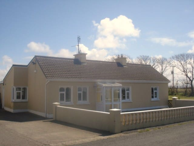 Cabragh - Surf House - Sligo - บ้าน