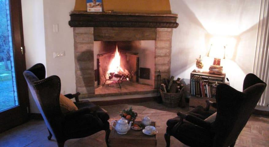 Borgo Pizzicaré - Monzuno - Rumah