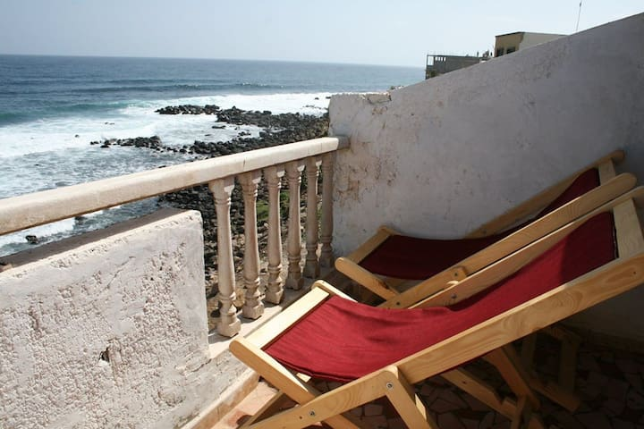 Enjoy pure air in Dakar - Surf area
