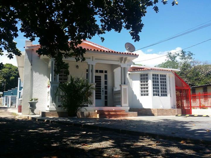 #3 Antique Apartment @ Casa Galarza