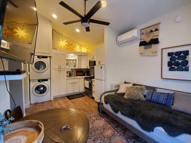 Comfy Villa Spa Tub Complete Kitchen