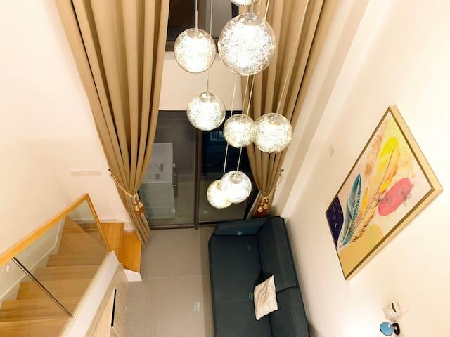 【星空里-东月】东莞市中心地段 全新Loft 复式温馨公寓 @可做饭@游泳池@中心广场@下坝坊@可园