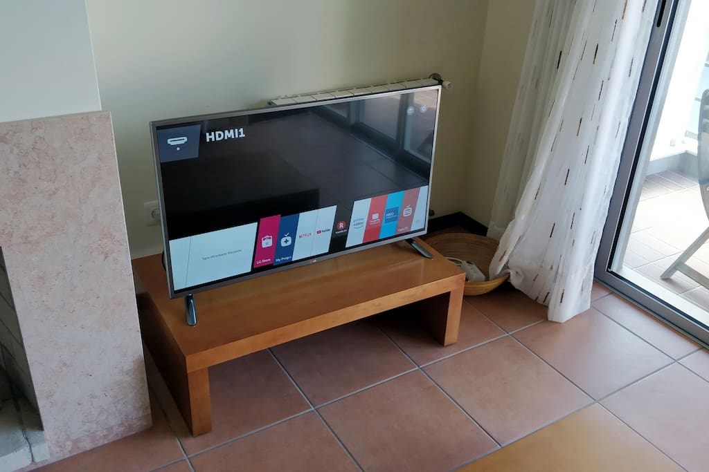 Enjoy this gorgeous LG Smart TV with numerous channels in several languages and a high speed internet connection.