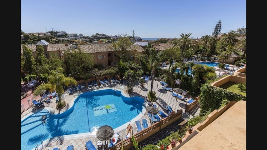 Vacaciones en Riviera del Sol, Mijas
