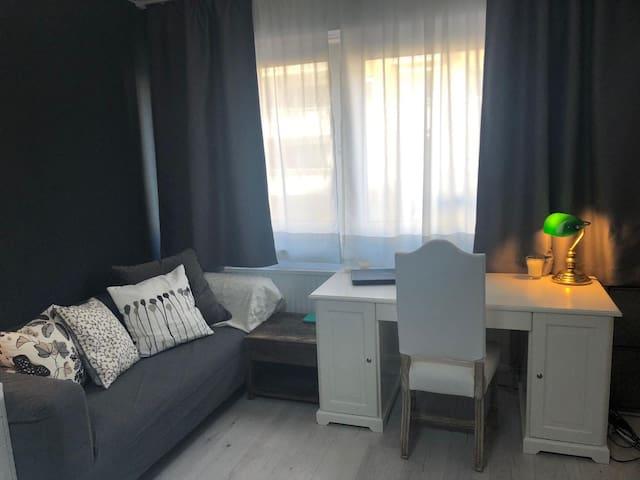 Möbliertes Apartment in Unterbilk/Medienhafen