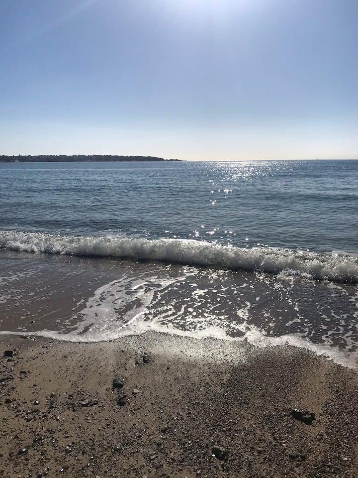 A deux minutes à pied de la plage
