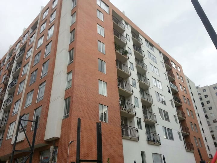 Apartamento grande y cómodo en el Norte de Bogota