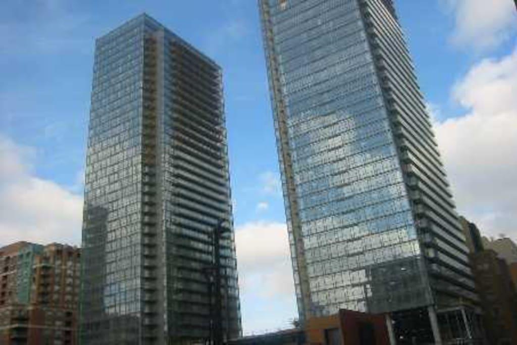 Luxury Highrise Downtown Toronto