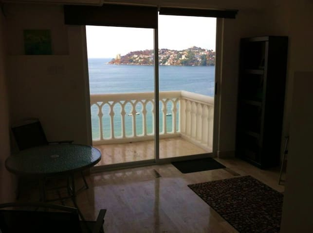 The Little Loft - Independent Suite in Acapulco