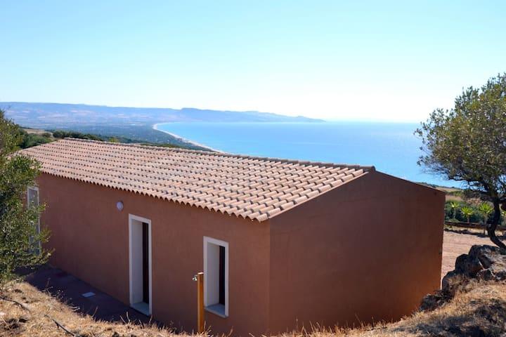 La casa del guardiano della torre - Isola Rossa