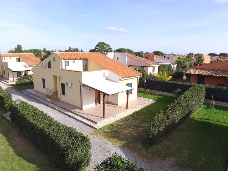 Foto villa dall'alto