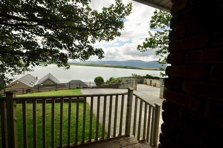 Sea Dream, Barrow Lodge