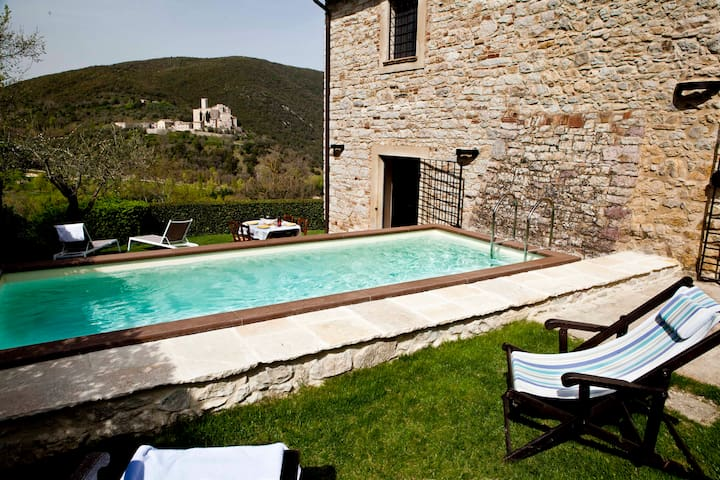 La Ranca, Umbrian Farmhouse for 5. - Perugia - Huvila
