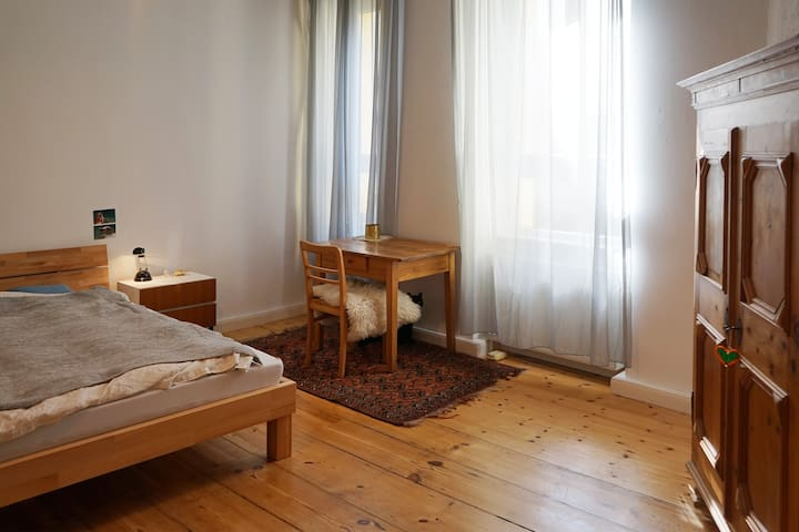 Beautiful flat in Kreuzberg