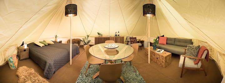 Camp Boutique - Family tent - Black sand beach