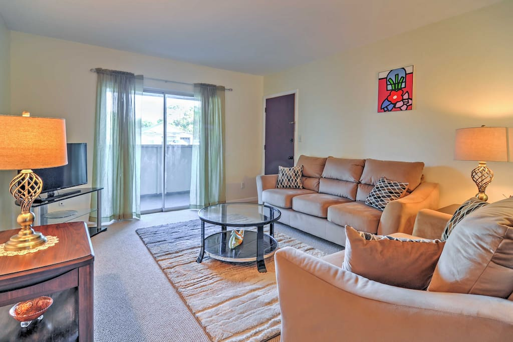 This apartment boasts 900 square feet of living space, including a private balcony.