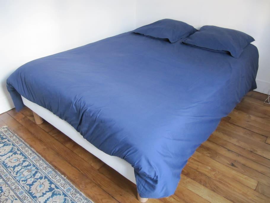 Chambre avec lit double 140 x 200 cm