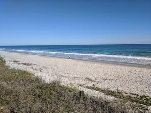 Güzel ve Özel Küçük Sahil Kasabası İnzivası
