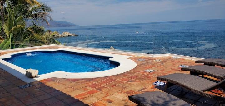Ocean Front, Private Pool, 4 Bedrooms, 4 Bathrooms
