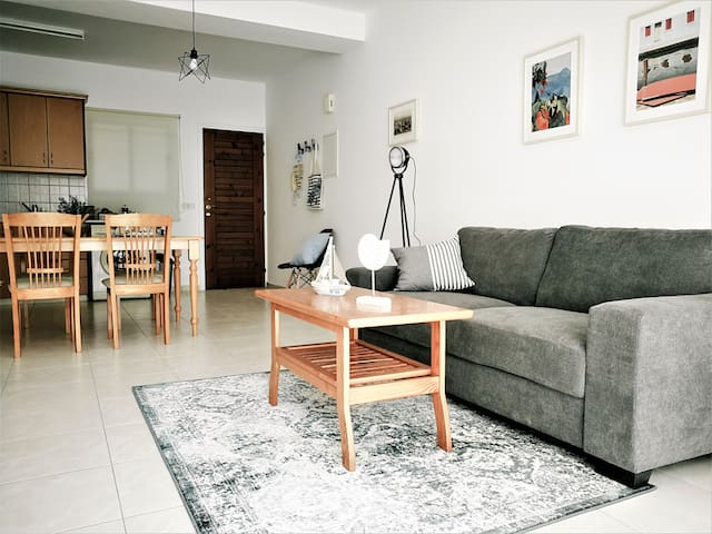 Cosy Walnut103 apartment in Paphos