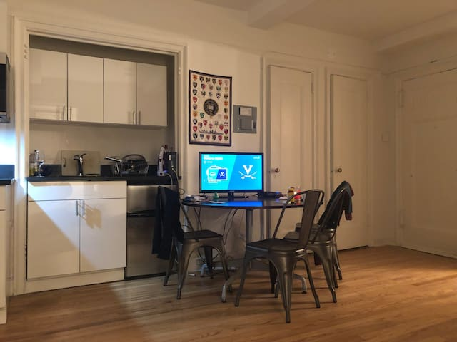 Fully appointed studio steps from Grand Central!