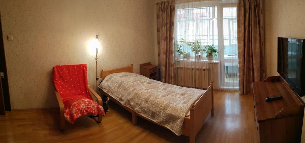 Комната в квартире, FIFA 2028