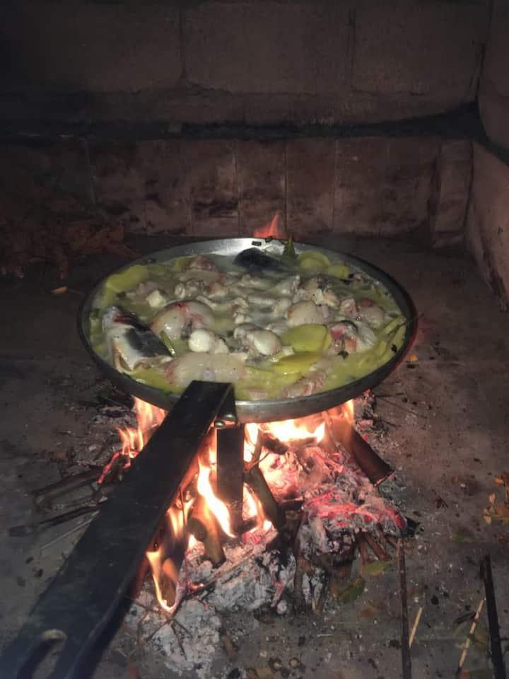 Riblja hvarska gregada, Kuha se na vatri