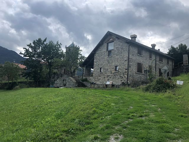 HILL HOME Near Tuscany