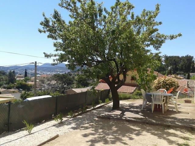 T2 garden - Ollioules  Côte d'Azur - Ollioules - Appartement