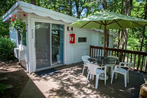 Holiday Hill Cottage 722