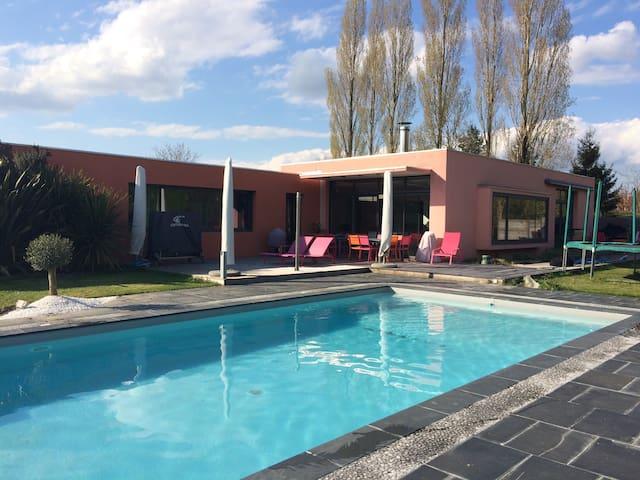 Maison d'architecte avec piscine - Luçon - House