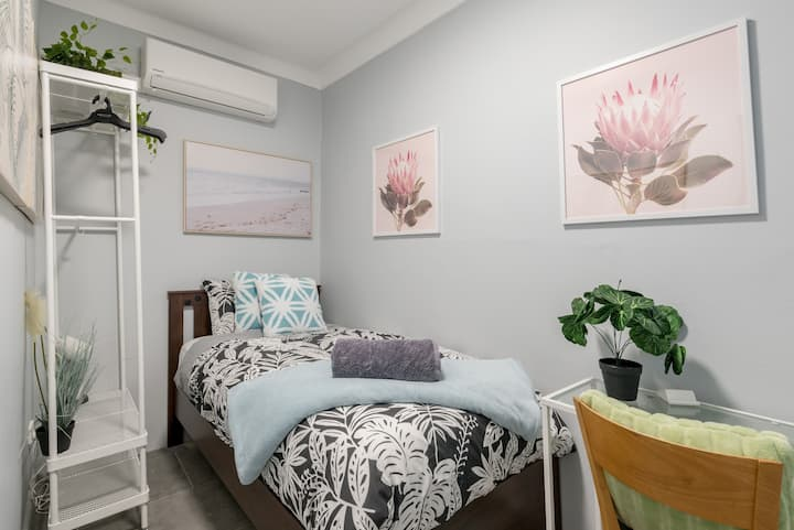 Private Single Bed In Sydney CBD Near Train UTS DarlingHar&ICC&Chinatown 1 - ROOM ONLY