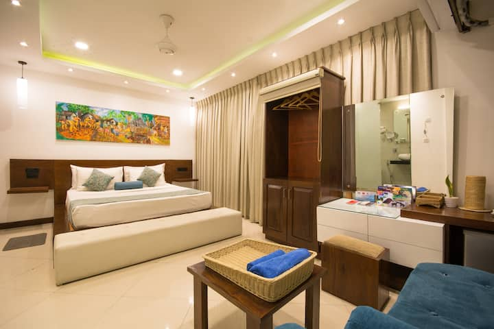 kandy city stay- Master king room