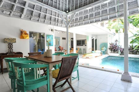 Private Family Villa & Pool 66Beach BALI Indonesia - Legian - Vila