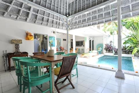 Private Family Love Villa4 close to 66Beach BALI