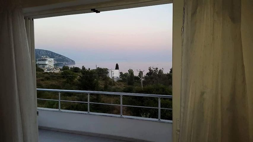 Ionios Hotel - Dhërmi