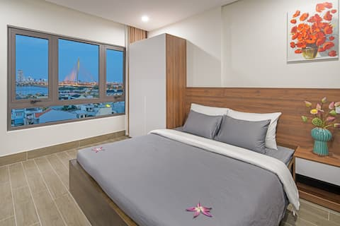 New Apartment with dragon bridge view,Central city