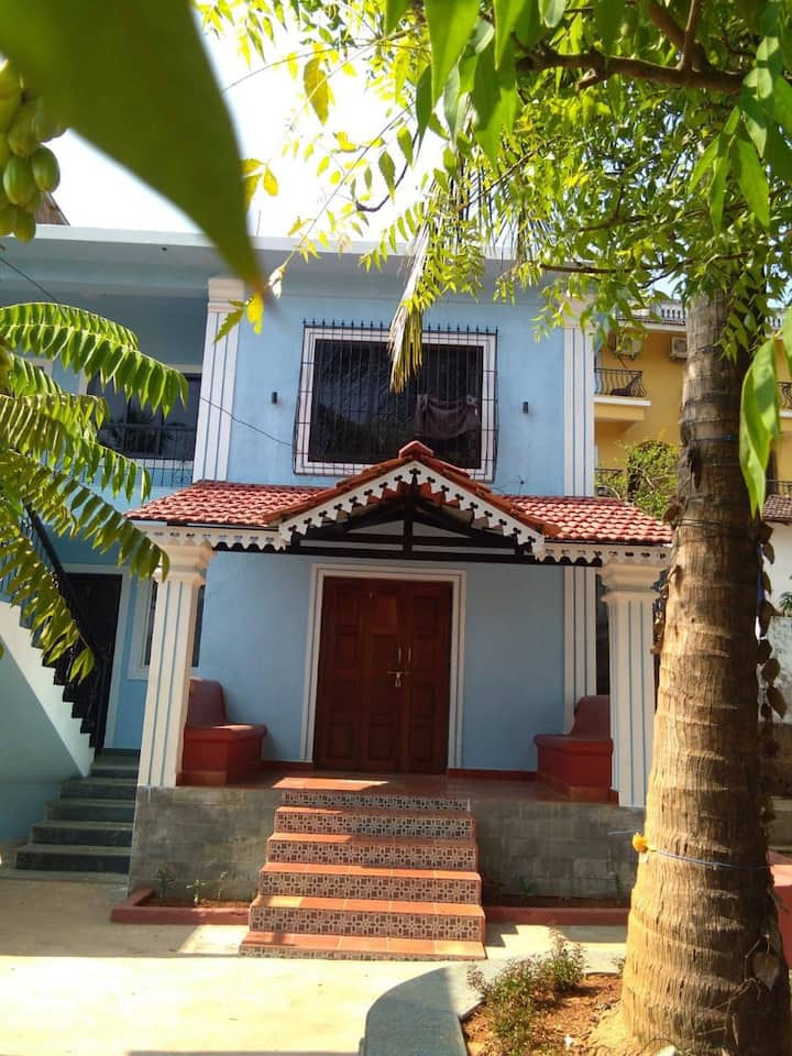 Price friendly 1 BR apmt near new Thalassa, Siolim
