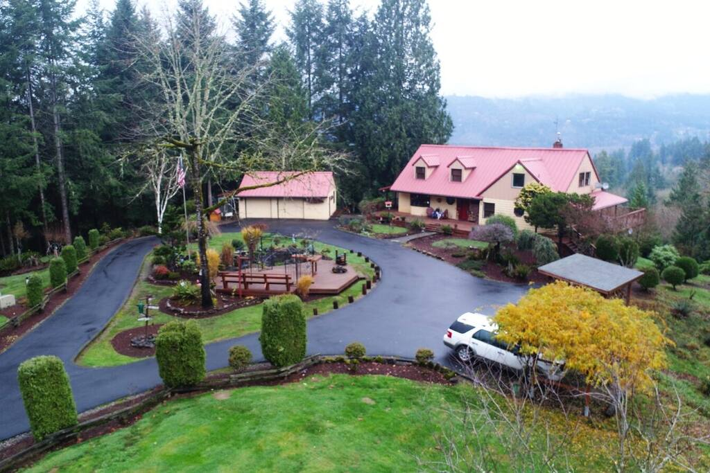 Our home is 6000 sq. feet, of which your apartment is a private 2000 sq. feet, all situated on 20 private acres with a view of the Lewis River 500 feet below.