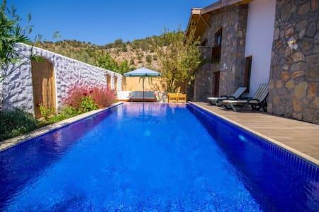 KAYA401-Fethiye Kayakoy 2 Bdr Villa with pool - Kayaköy