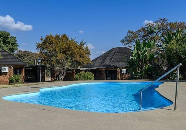 Dikhololo Resort and spa 6 sleeper