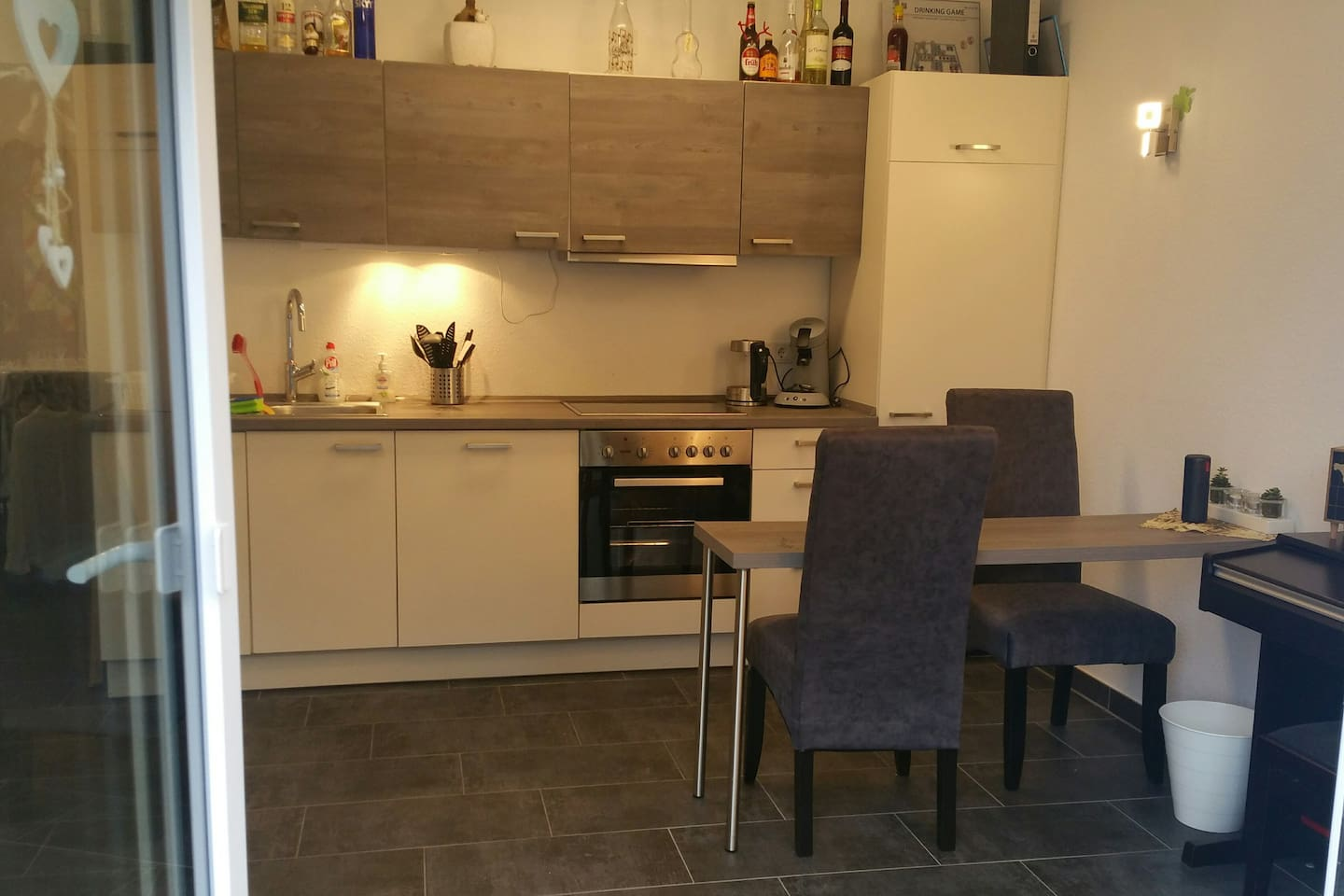 Modernes neues Apartment in ruhiger Lage