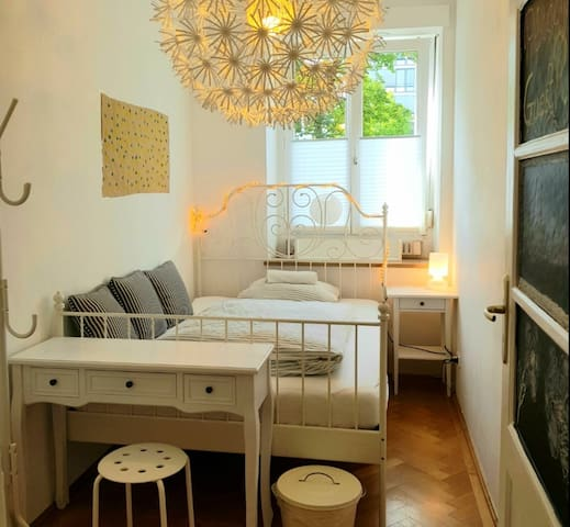 Welcome to Cozy Harmony Luxury Schwabing Central
