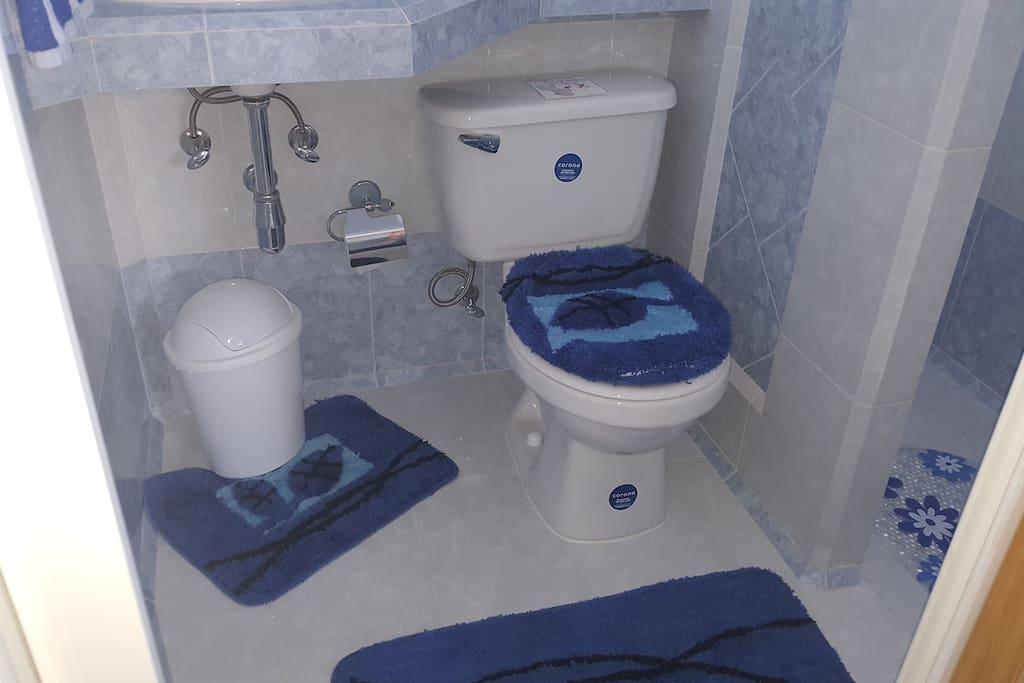 Baño privado de la habitación 2