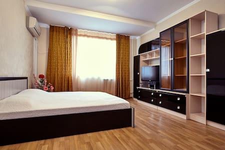 Luxury Appart на ул. Филатова 14 этаж - クラスノダール