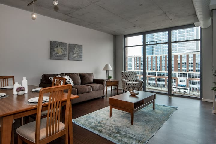 Prime East Bank 1BR