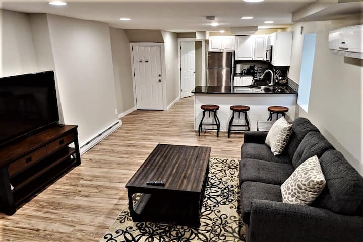 Boardwalk modern fully updated  suite